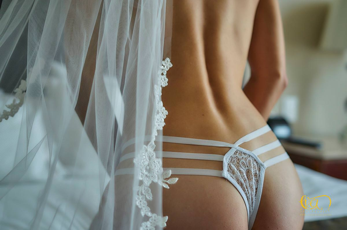 Mexico bridal boudoir photography